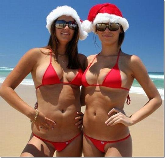 Hot-Christmas-Chicks-03