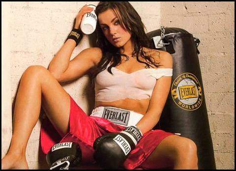 mma-ring-girl-amber-nichole-miller-5